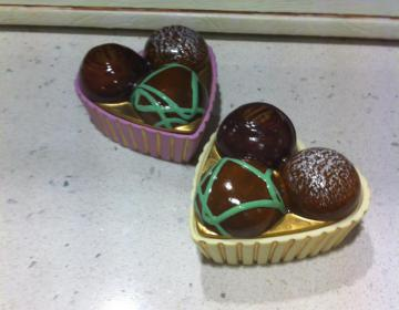 bomboniere per matrimonio, Comunione scatola a cuore in porcellana a forma di pasticcino