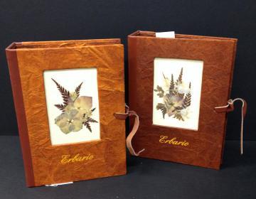libro erbario made in Italy