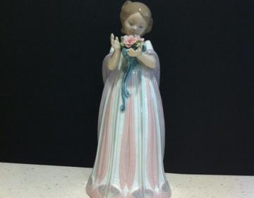 statua bimba con fiori lladro' sconto discount