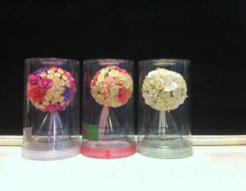 sfere fiori fatti a mano