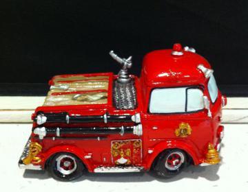 camion dei vigili del fuoco salvadanaio